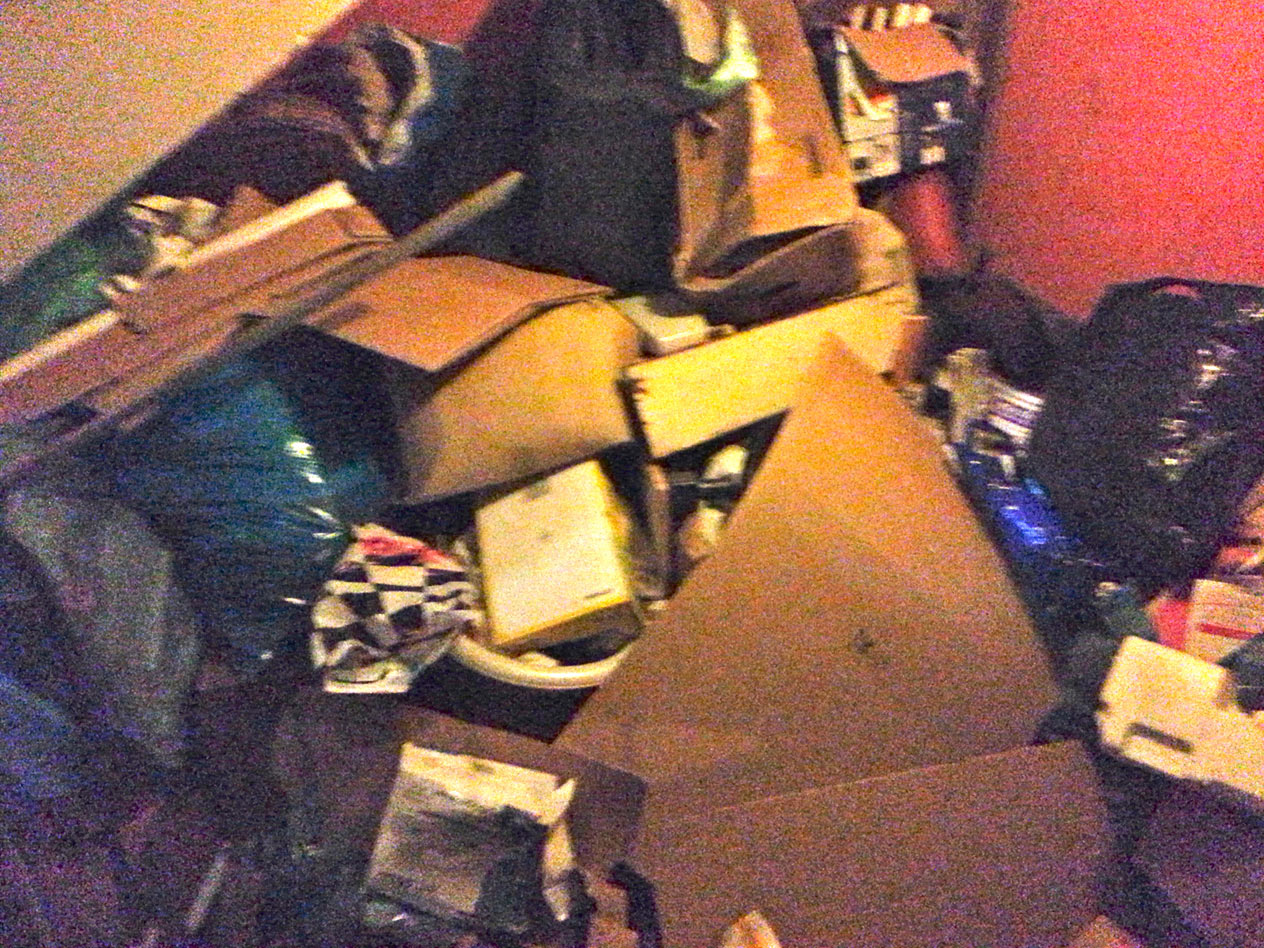 Treppenhaus Entrümpelung vorher