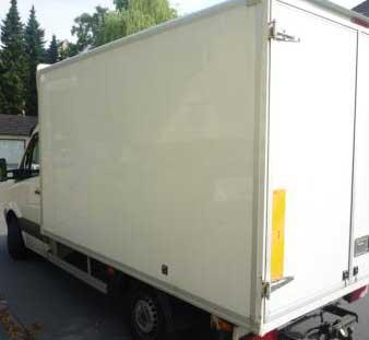 Unser LKW bei Bedarf auch mit Kofferanhänger für jede Haushaltsauflösung Köln +50 Km Umkreis